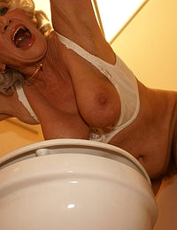 Sucking and fucking granny behind the hole