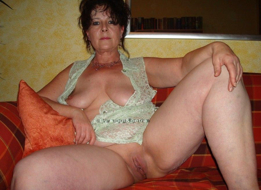 Older mature women sex