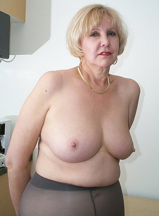 Average middle aged housewife amateur porn
